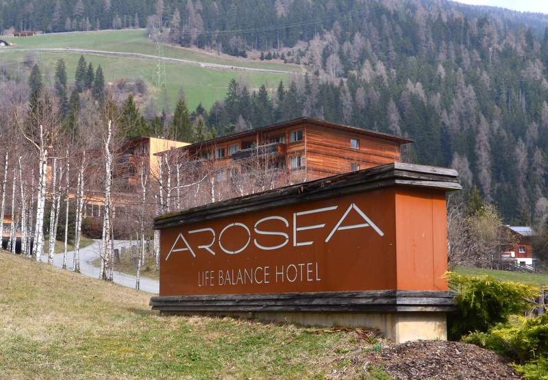 Auffahrt Arosea